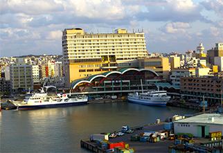 Tomari port