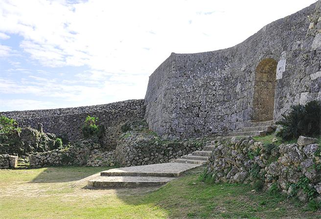 나카구스쿠 성터