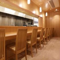 5あだん 店舗写真 sub1_shusei