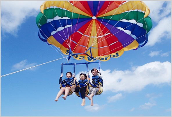 Parasailing_churaumi_main