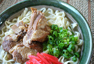 paineapplehouse_soba