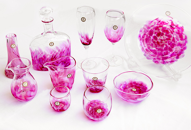 glass art that come in various shapes and sizes