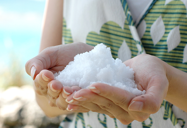 A Taste of Okinawa's Salt (Maasu) made from the Sun and the Ocean!