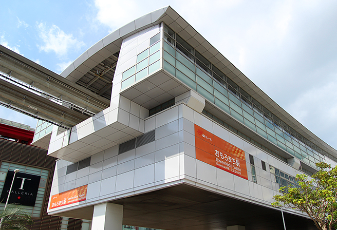 Tour Around Okinawa with the Yui Rail - Recommended Information Around Omoromachi Station