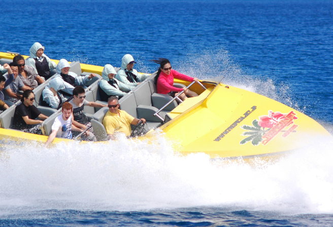 Enjoy the Thrills of the Okinawan Ocean on a Jet Boat!