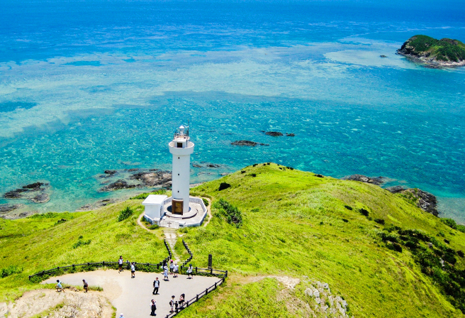 Hirakubozaki: A Spectacular Viewpoint at the Northernmost Tip of Ishigaki Island